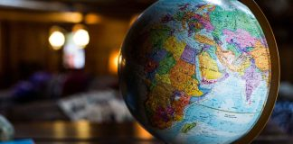 How-Does-International-Roaming-Work-on-selfgrowth