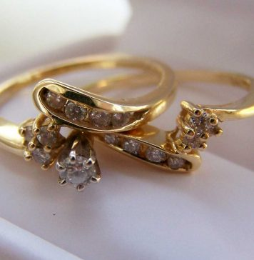 Tips-to-Choose-Her-Personal-Gold-Jewelry-Gift-on-selfgrowth