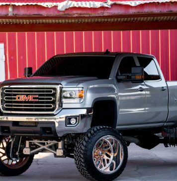 Best-Four-Truck-Accessories-for-Summer-Days-on-selfgrowth