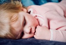 Some-of-the-Dos-&-Don'ts-of-Helping-the-Kids-to-Sleep-on-selfgrowth