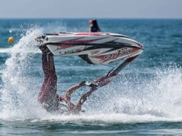 Things-You-Should-Use-While-Jet-Skiing-Right-Now-on-SelfGrowth